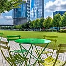 Modera Hall Street - Dallas, TX 75204