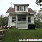 Cozy 2 Bedroom 1 Bath West Allis Home for Rent - West Allis, WI 53219