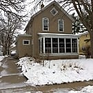 Spacious 3BED/2BATH Home in Stillwater - Stillwater, MN 55082