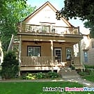 Beautiful 2 bedroom Duplex in Kingfield - Minneapolis, MN 55409