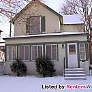Uptown 4 Bedroom Home! Avail 4/1/17!! - Minneapolis, MN 55405