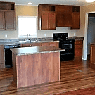 4 bedroom, 2 bath home available - Knoxville, TN 37921