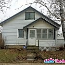 Great 3bd/1ba single family house in Rochester! - Rochester, MN 55904