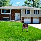 3 BDRM 2 BATH RAISED RANCH IN ROSEWOOD NEIGHBORHO - Raytown, MO 64133