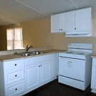 2 bedroom, 1 bath home available - Fayetteville, GA 30214