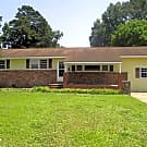 204 Regalwood Dr - 3 Beds, 2 Full Baths - Jacksonville, NC 28546