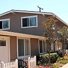 Condo in Newport Heights With Large Yard - Costa Mesa, CA 92627