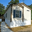 3 bedroom, 2 bath home available - Tyler, TX 75703