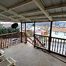 Private 4 BR Loft Apartment with great Porch View - Pittsburgh, PA 15106