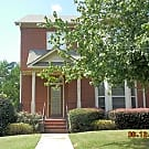 Charming Townhouse with 2.5 Bathroom and 3 Bedroom - Tucker, GA 30084