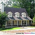 Huge home in Lawrenceville on large lot with pool! - Lawrenceville, GA 30046