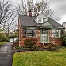 Lovely Euclid Home - Euclid, OH 44123