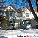 2 bedroom updated townhome in St Paul 7/1 - Saint Paul, MN 55117