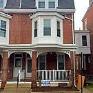 5 Bedroom twin in Norristown Borough - Norristown, PA 19401