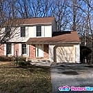 Spacious 4 Bedroom 3.5 Bath SFH in Catonsville - Catonsville, MD 21228