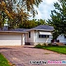 Beautiful home in New Hope. - New Hope, MN 55428