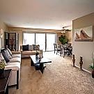 North Pointe Apartments - Euclid, OH 44132