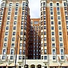 The Wyndham Apartments - Chicago, IL 60640