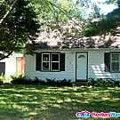 Lino Lakes on 3/4 acre 2BD/1BA $1295 Avail 10/1 - Lino Lakes, MN 55014
