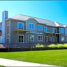 High Bluff Apartments and Townhomes - Grafton, WI 53024