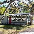 2 bed / 1 bath Single family rental - Fort Myers, FL 33901
