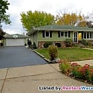 4 BR 2 Bath Home with Large, Fenced Yard - Saint Paul, MN 55102