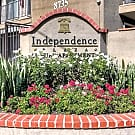 Independence Plaza - Canoga Park, CA 91304