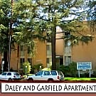 14400 Chandler Boulevard Apartments - Sherman Oaks, California 91401