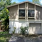 4715 Grove Point Dr - Tampa, FL 33624