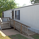 2 bedroom, 1 bath home available - Midwest City, OK 73110