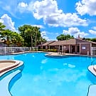 Moncler Willow Lake Apartments - Lutz, FL 33559
