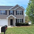 Beautiful Fully Fenced Two Story Home In Winsto... - Winston-Salem, NC 27105