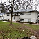 Large 2 Bedroom in Secure Building - Maplewood, MN 55117