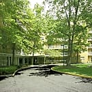 Grandview Pointe Apartments - Cleveland, Ohio 44121