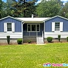 Quaint Petersburg Home - Petersburg, VA 23803