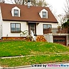 Beautiful 3 bed, 1.5 bath West Des Moines home - West Des Moines, IA 50265