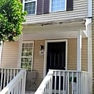 Cozy Townhome in Quiet Area, Great DC/Balt Access - Silver Spring, MD 20904