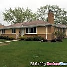 HUGE Corner Lot, 4 Bed, 2 Bath, 2 Stall... - Minneapolis, MN 55423