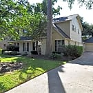 CHARMING 4/2.5 IN ATASCOSITA ON A HUGE LOT! MUS... - Humble, TX 77346
