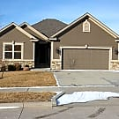 4 bed / 3 bath- Newer Gorgeous  Northland Home - Liberty, MO 64068