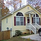 Available Now!!! Hardwood floors! Fenced yard! - Cumming, GA 30041
