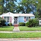 Cute 3 Bedroom 1 Bath Home With Den And Fireplace - Jacksonville, FL 32254