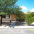 UofA!! 3 bedroom 2 bath close to U of A - Tucson, AZ 85705