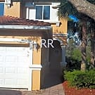 Two story townhouse in beautiful resort like commu - Fort Myers, FL 33905
