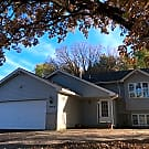 REDUCED 4 bedroom 3 bath Home in Moundsview ISD - Moundsview, MN 55112
