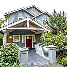 4 br, 2.5 bath House - 4017 NE 45th St - Seattle, WA 98105