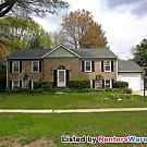 Charming Home w/Private Yard, Deck, W/D Room... - Silver Spring, MD 20905