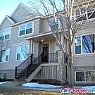 Very nice 4 bd TH in Blaine ready for a quick... - Blaine, MN 55449