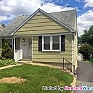 Lovely Cape Cod style SFH 3BR 1.5 BA in Parkveill - Baltimore, MD 21234