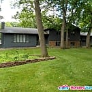 Stunning 5bed/3ba home in Rochester! - Rochester, MN 55902